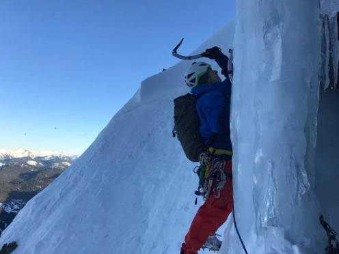 Leading the North face of Sky Pilot (Jason Ammerlaan)